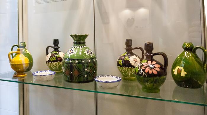 O parte a ceramicii din colecția Nicolae Minovici