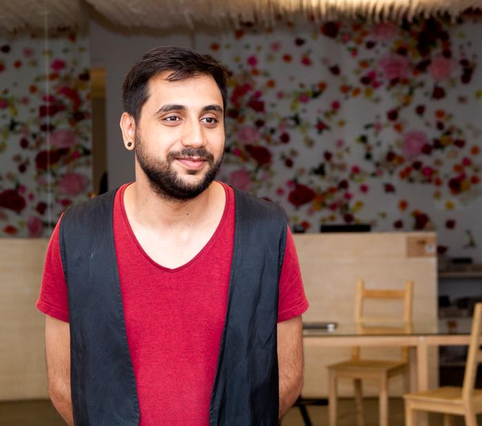 Denis, un rom care crede în inseparabilitatea celor două culturi, romă și românească