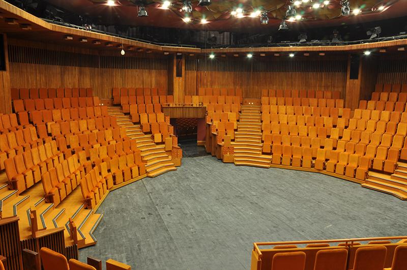 Sala Studio, în formula arenă