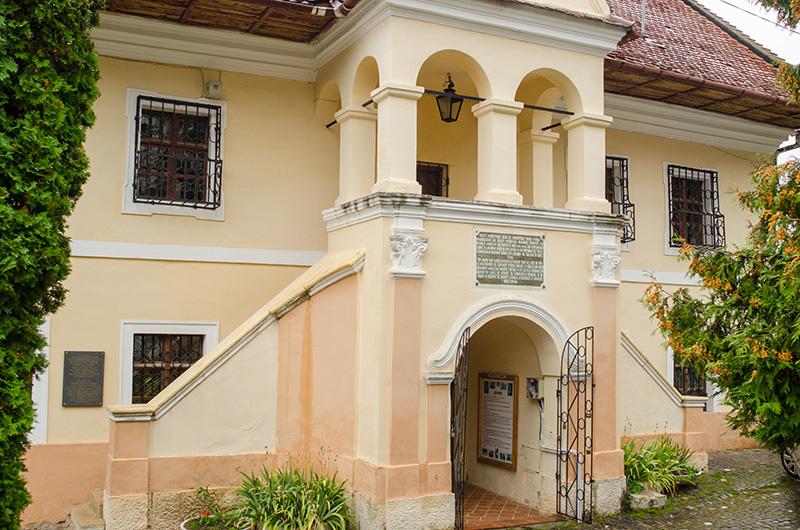 """Muzeul """"Prima Școală Românească"""" din Brașov"""