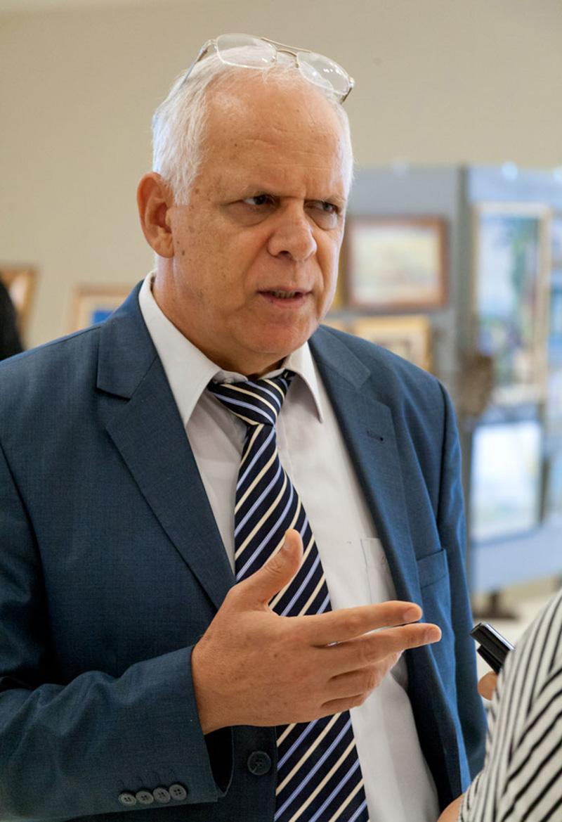 Radwan Kadhanoun trăieşte în România din anul 1981