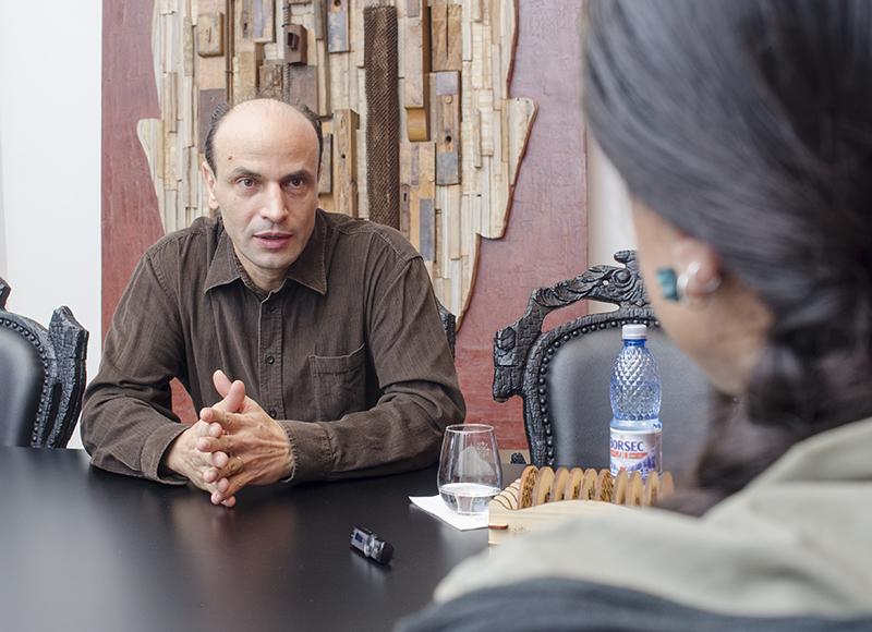 Marcel Eremia, discutând cu Matricea Românească