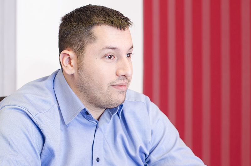 Robert Popescu (26 de ani), medic rezident de familie