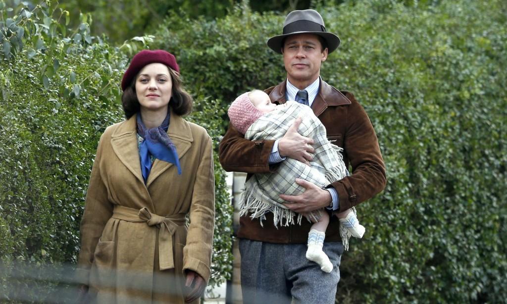 Între loialitatea pentru ţară şi cea pentru familie: Brad Pitt şi Marion Cotillard