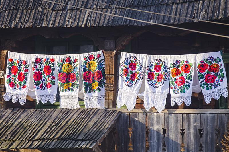 Casă tradiţională din Budeşti, Maramureş