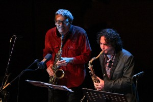 Mihai Iordache (stânga), liderul grupului omonim de jazz