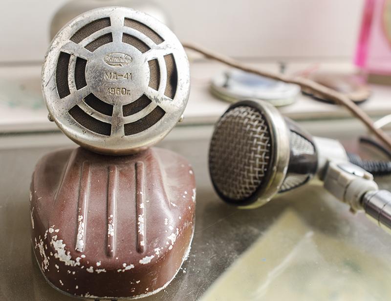 Echipamente radio din anii '60, expuse în colecţia Radio Moldova