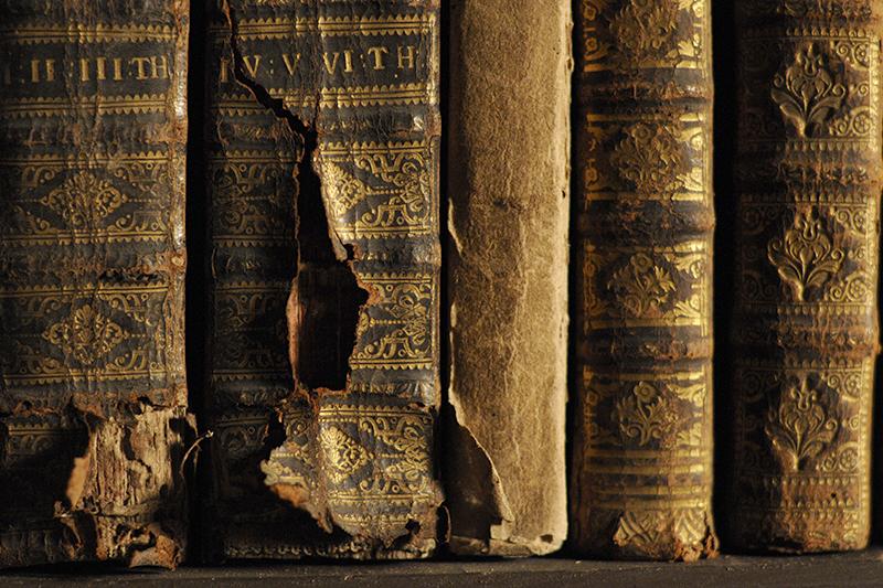 Ne putem bucura de cărțile vechi și fără a ne fi afectată sănătatea