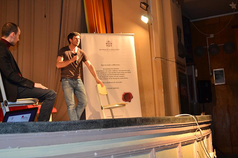 Dragoş Bucur, explicând practic diferenţa dintre actoria de film şi cea de teatru