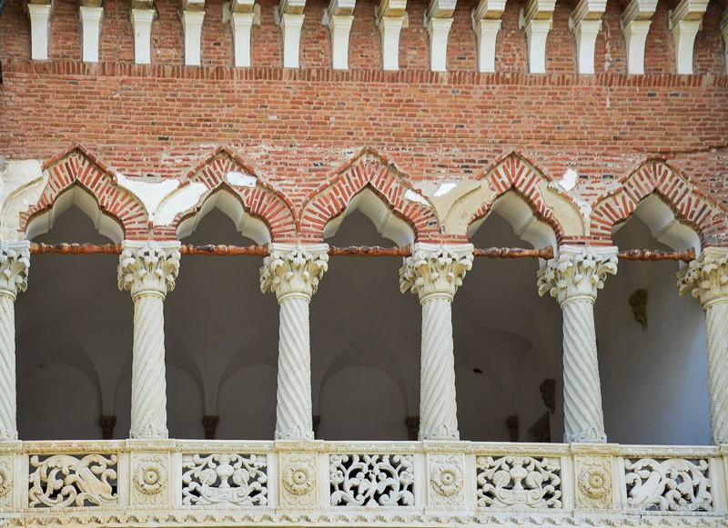 Balconul Palatului domnesc de la Mogoșoaia