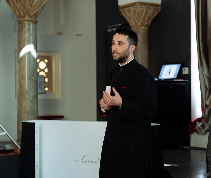 Preotul Florin Marica îndeamnă credincioșii să se aplece mai mult asupra sufletelor lor