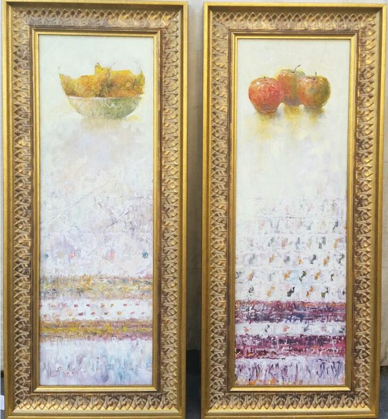 Fructe pe platouri, redate de către Vitalie Butescu într-o cromatică minimalistă