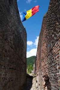 reportaj Cetatea Poenari Tepes interior (3)