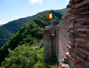 reportaj Cetatea Poenari Tepes interior (5)