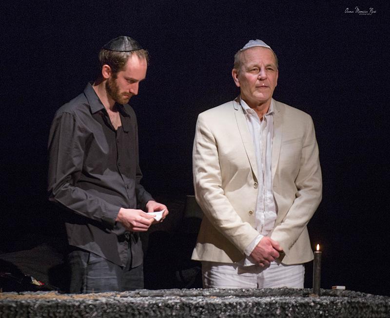 """""""Băiatul din Brooklyn"""", cu Tudor Aaron Istodor (stânga), fiul actriței Maia Morgenstern"""