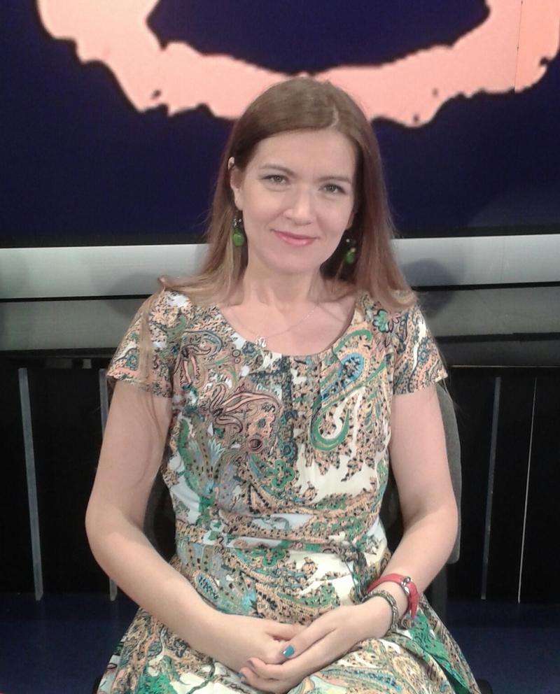 Doctorul în istorie Cristina Păiușan-Nuică, cercetător în cadrul Secției Istorie Medievală, Modernă și Contemporană a MNIR