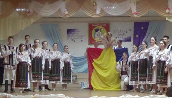 ani de liceu cronică educație Basarabia slider