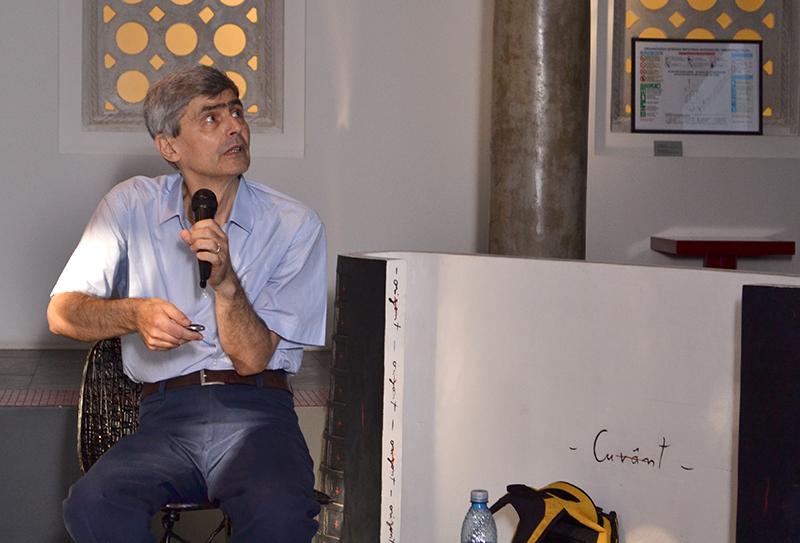 Costea Munteanu, profesor de Economie Internațională la Academia de Studii Economice din București