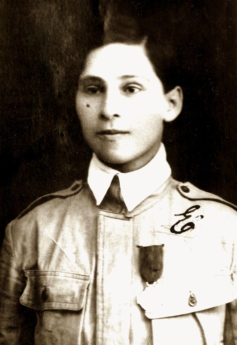 Tânăra Ecaterina Teodoroiu nu a renunțat până nu i s-a aprobat participarea în Primul Război Mondial
