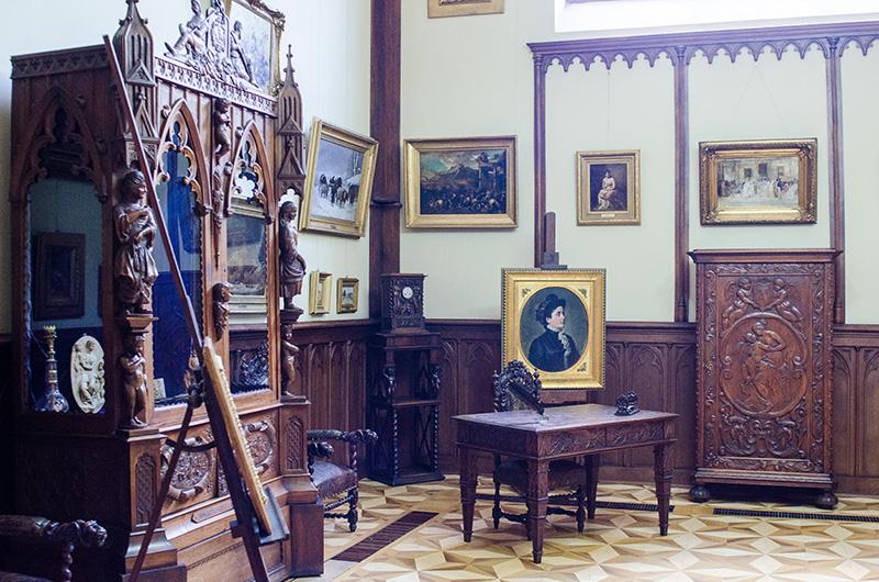 "Camera - atelier de la Muzeul ""Theodor Aman"""