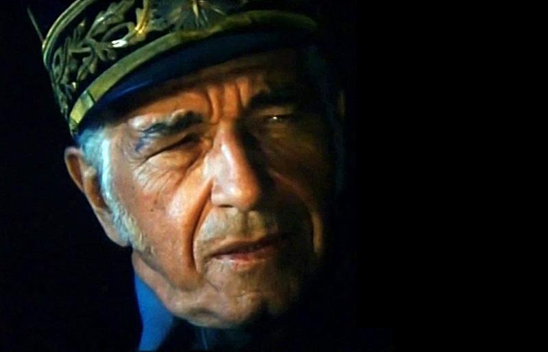 Sergiu Nicolaescu, în rolul Generalului Alexandru Averescu, în Triunghiul morţii (1999)