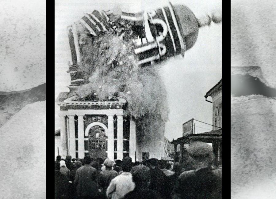 Dărâmare biserica ortodoxă rusă în comunism slider