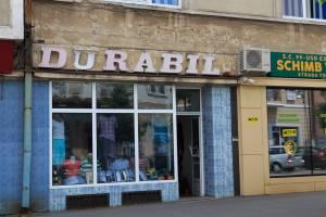 Colindările Matricei Drobeta-Turnu Severin ultimul loc din România în care se zâmbeşte magazinul Durabil