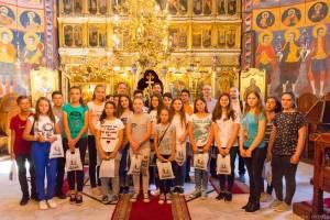 părintele Marcel Stavără Biserica Icoanei pentru copii despre Facebook şi prieteni interior 3