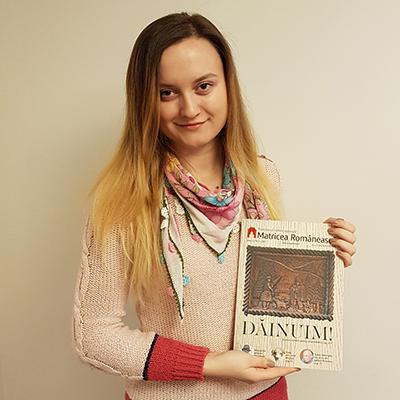 Revista-panou-15
