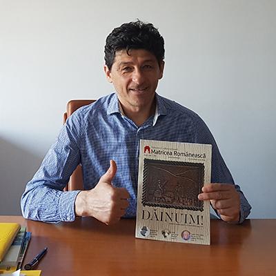 Revista-panou-24