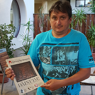 Revista-panou-29