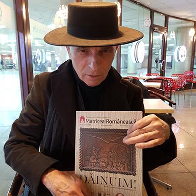 Revista-panou-3