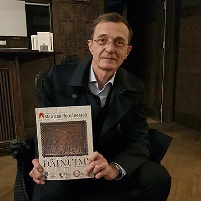 Revista-panou-5