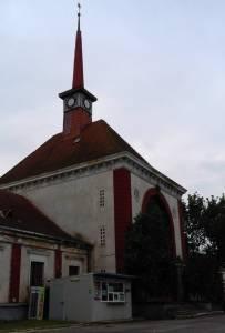 Hunedoara, un oraş de provincie care îşi decelează istoria în liniştea roţilor de tren