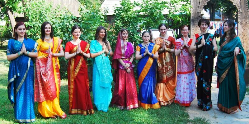 Carmen Coţovanu Pesantez Namaste India Sariul 2013
