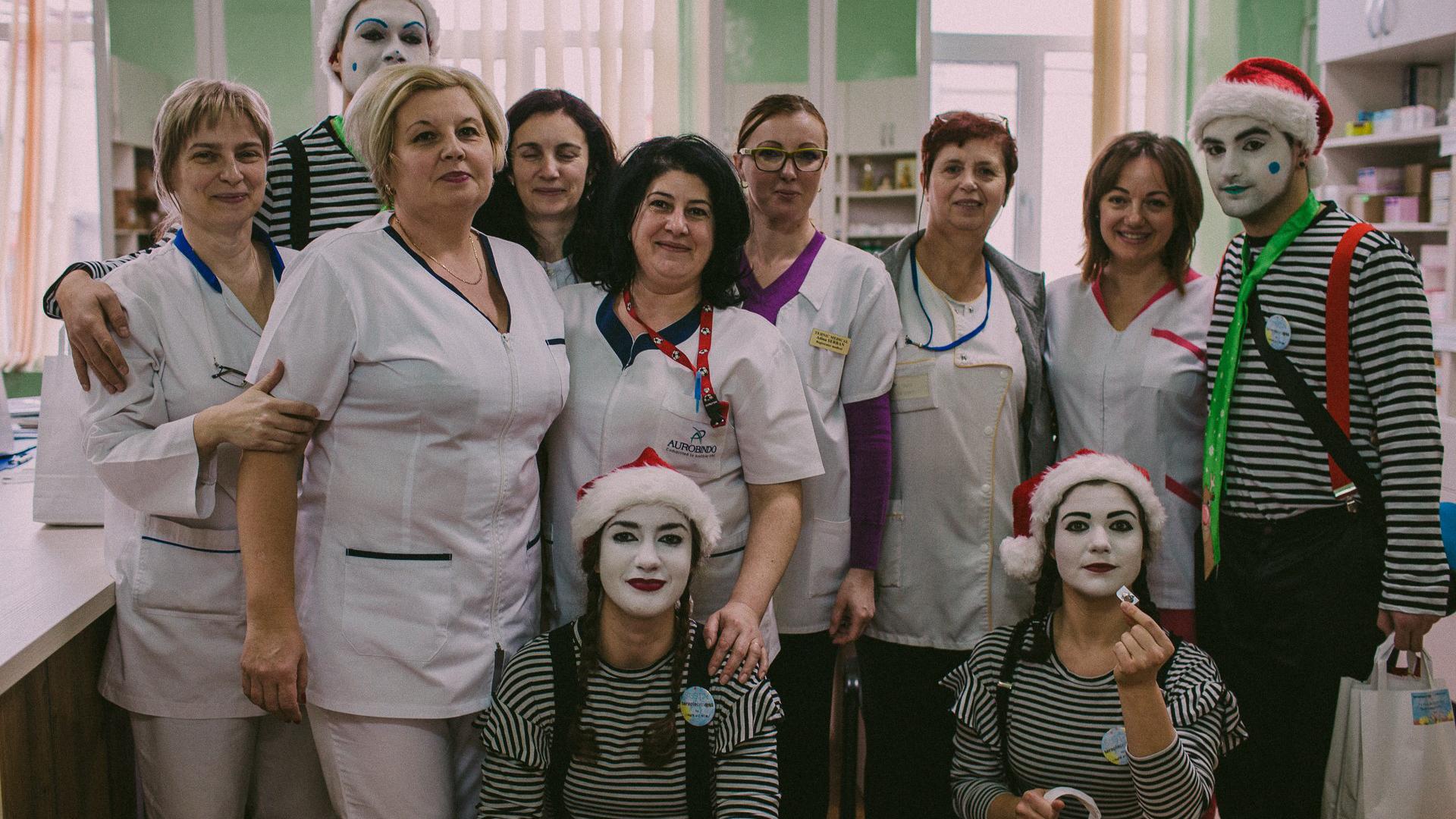 Clovni din echipa proiectului, la Spitalul Militar din Cluj Napoca