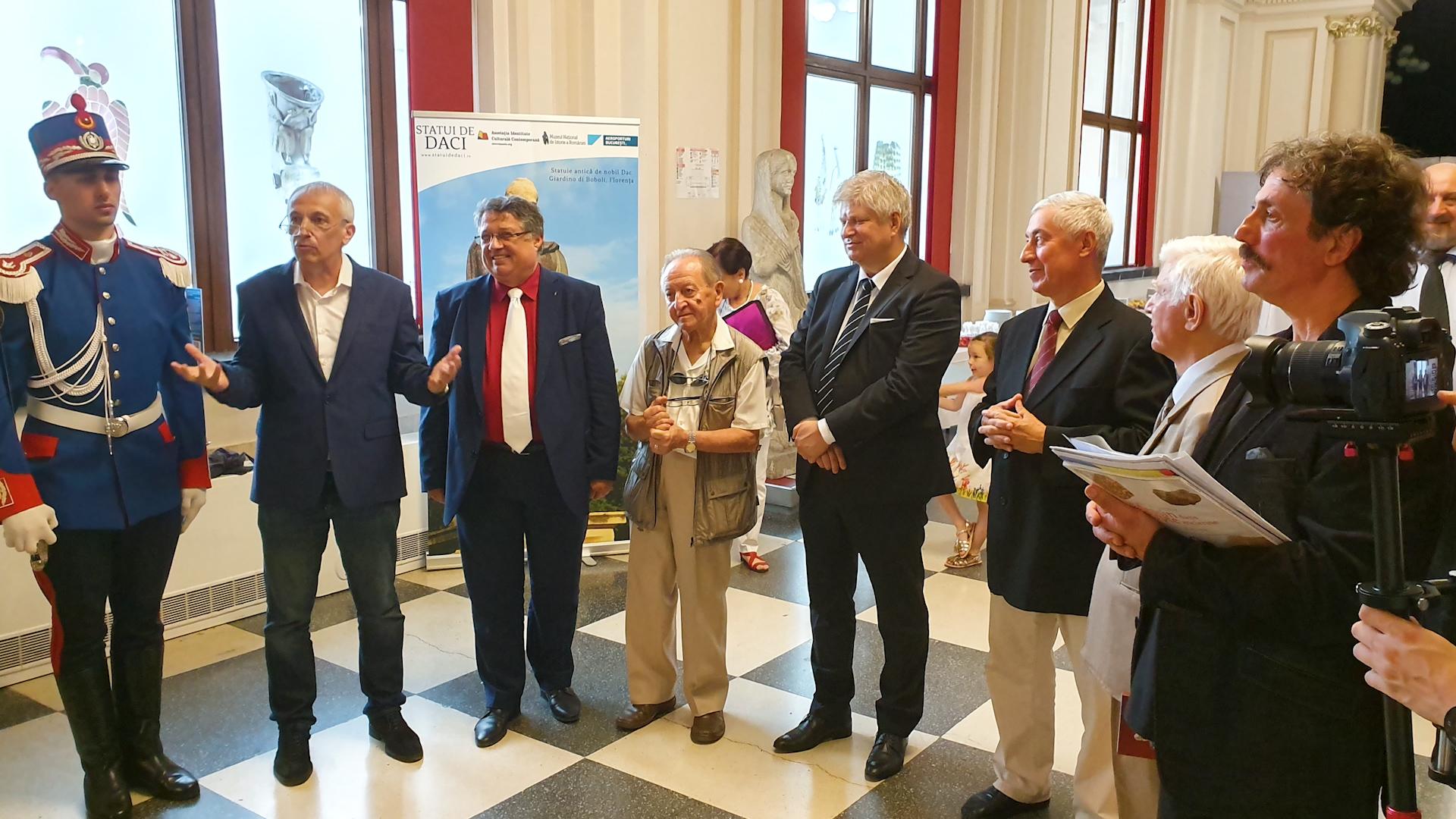 Instantaneu de la evenimentul de prezentare a statuii nobilului dac, 25 iunie 2019, MNIR