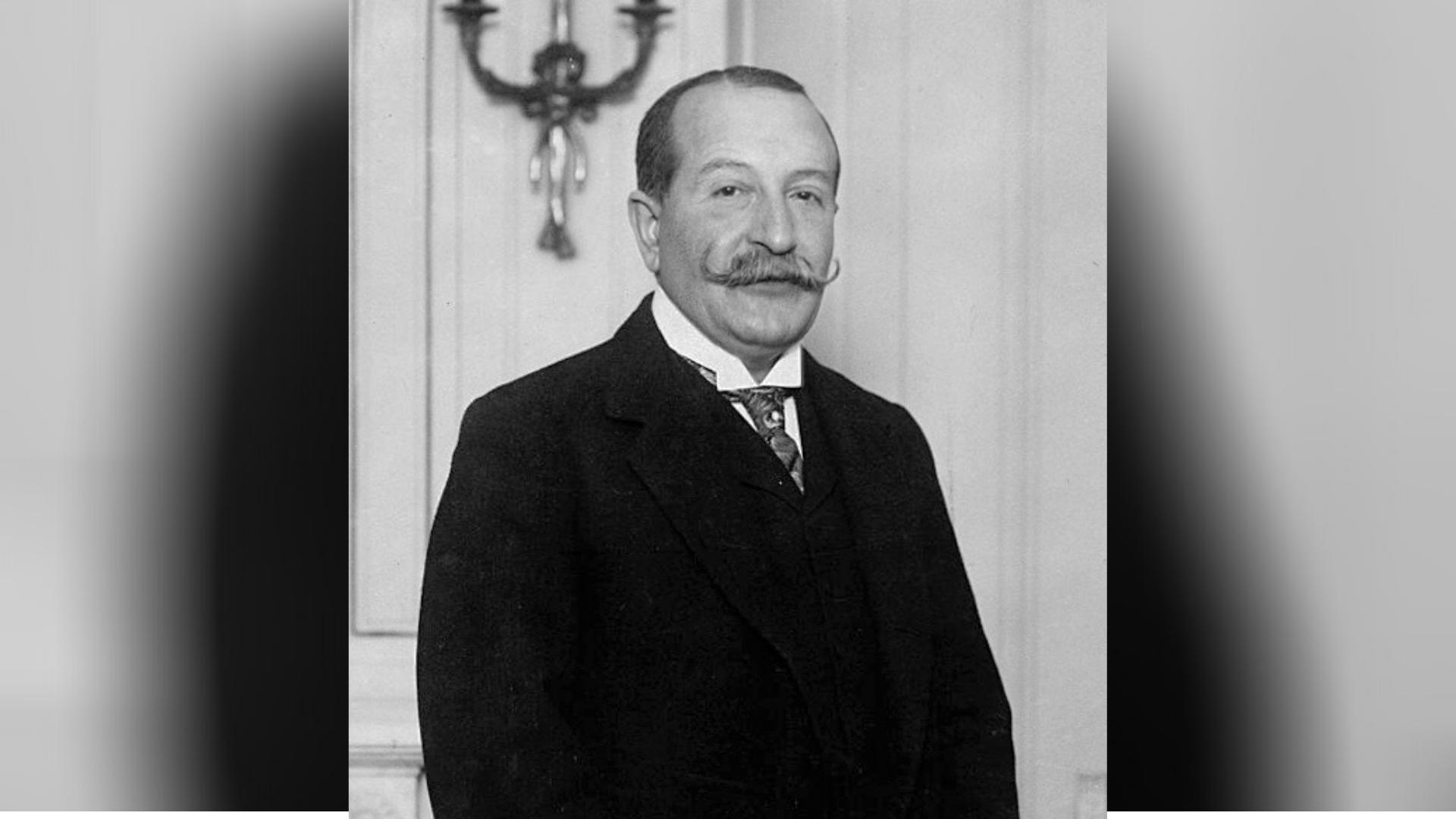 """Take Ionescu, politician strălucit și orator de excepție. Când își făcea  apariția în public, mulțimile dădeau năvală să-l asculte. Mai marii vremii  l-au poreclit """"Tăchiță Gură de Aur"""" - Matricea Românească"""