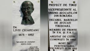 """Placă comemorativă așezată pe fațada Colegiului Tehnic """"Dr. Ioan Rațiu"""" din Turda"""