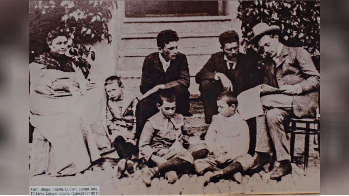 Poză din fața casei din Lancrăm, în 1901 Credit foto Mira Kaliani